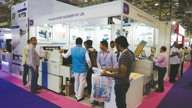 PRAKASH Offset Machinery Displays Non-Woven Bag  Printing and More